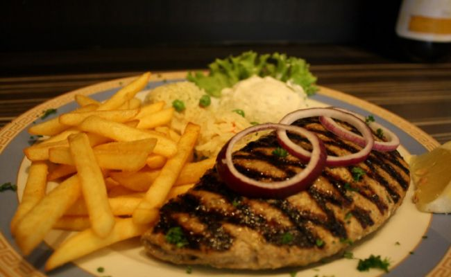 54. Filled beef steak 13,00€